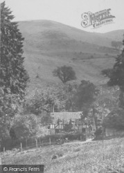 Hindhead, Devil's Punch Bowl, Keeper's Cottage 1925