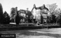 Glenlea 1911, Hindhead