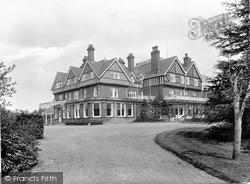 Moorlands Hotel 1922, Hindhead