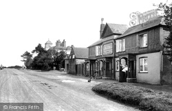 Hindhead, Punch Bowl Inn 1906