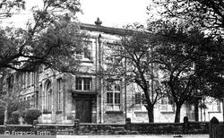 The Grammar School 1950, Hindley