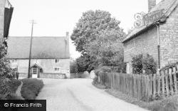 Hinwick, Main Road c.1955