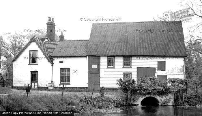 Hinxton,Mill and River c1960,Cambridgeshire