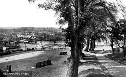 From Windmill Hill 1929, Hitchin