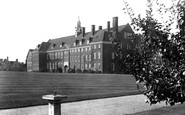Hitchin, Girls Grammar School 1931
