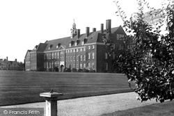 Girls Grammar School 1931, Hitchin
