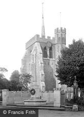 Hitchin, St Mary's Church and War Memorial 1931
