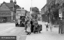 The Bus Stop c.1955, Hitchin
