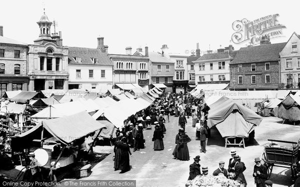 Photo of Hitchin, The Market 1901