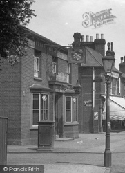 The Radcliffe Arms, Walsworth Road 1922, Hitchin