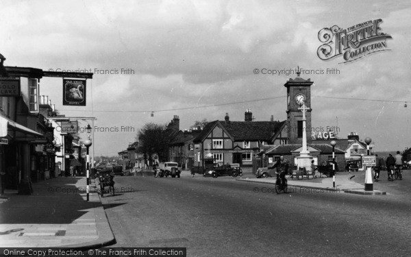 Photo of Hoddesdon, The Clock House And Old Swan Hotel c.1950