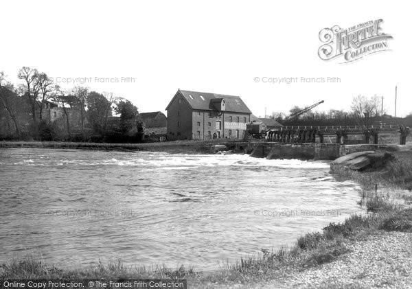Holdenhurst,the Weir and Parsons Mill c1955,Dorset