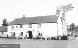 Holford, The Plough Hotel c.1960