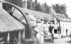 Holford, The Waterwheel, Combe House Hotel c.1955
