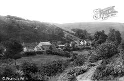 Village 1897, Holford