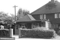 The Post Office c.1955, Holland