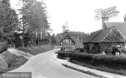 1924, Holmbury St Mary