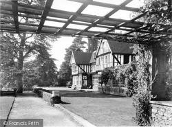 Beatrice Webb House, Pergola c.1955, Holmbury St Mary