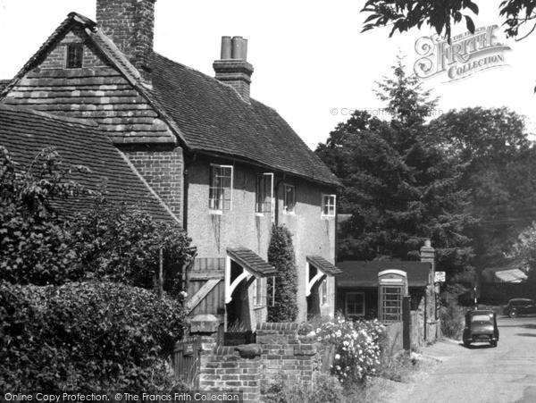 Holmbury St Mary photo