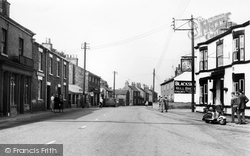 Holme-on-Spalding-Moor, High Street c.1960