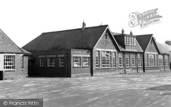 Holme-on-Spalding-Moor, The School c.1960