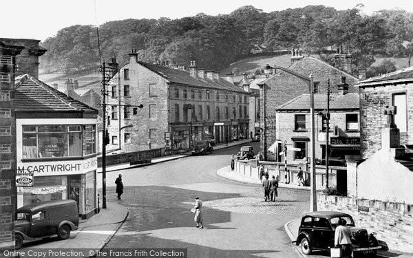 Holmfirth, Victoria Square 1952