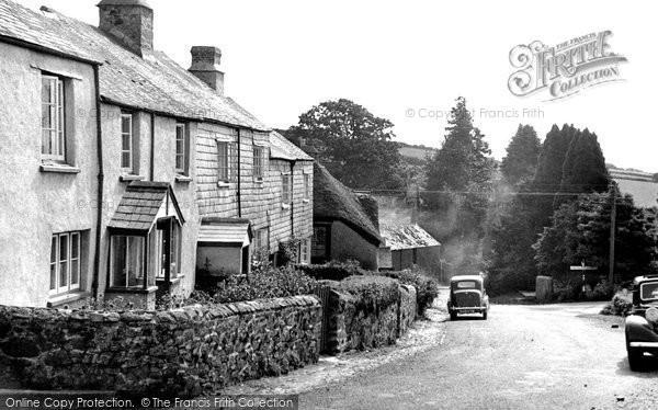 Holne, the Village c1960