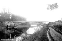 Holt Fleet Bridge 1896, Holt Fleet