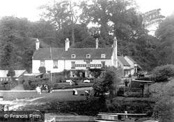 Hotel 1906, Holt Fleet