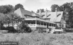 The Holt Fleet Hotel c.1955, Holt Fleet