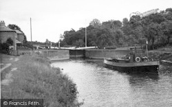 The 'severn Victor' Boat c.1960, Holt Fleet