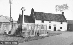 Holy Island, The Cross And Post Office c.1940