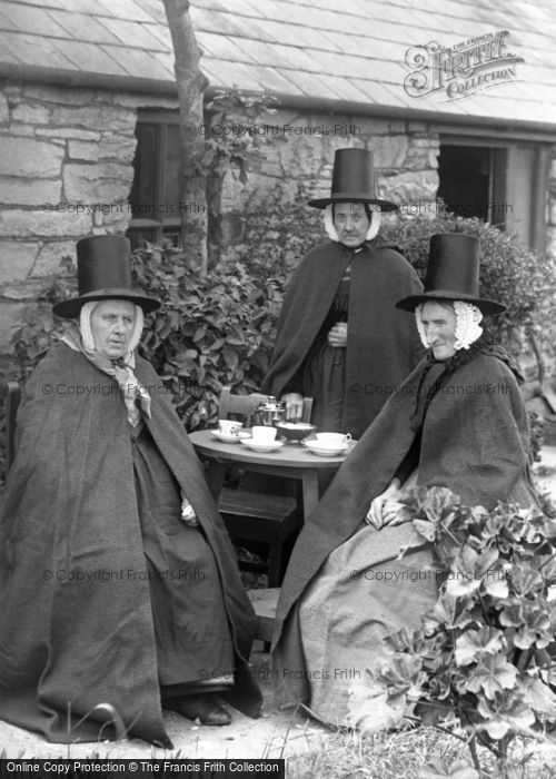 Holyhead, Ladies In Welsh Costumes 1894