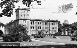 Holyhead, Le-Bon-Sauveur Convent c.1955