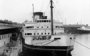 Holyhead, The Harbour c.1965