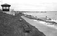 Holyhead, the Promenade c1946