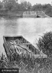 A Boat On The Great Ouse 1914, Holywell