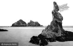 The Pinnacle Rock c.1960, Holywell Bay