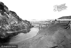 The Sands 1931, Holywell Bay
