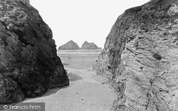 The Sands And Gull Rocks 1931, Holywell Bay