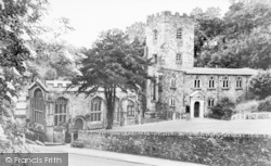 Holywell, St Winefride's And The Holy Well c.1939