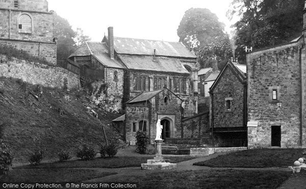 Holywell, St Winefride's Well c1930