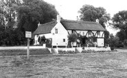 Holywell, the Ferry Boat Inn c1960