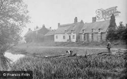 The Village 1914, Holywell