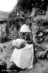 Honiton, Lace Maker (Mrs Freeman) 1907