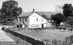 Honiton, The Otter Inn, Weston c.1960