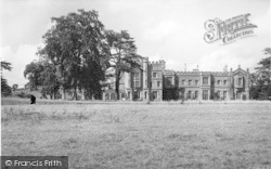 Hampton Court c.1955, Hope Under Dinmore