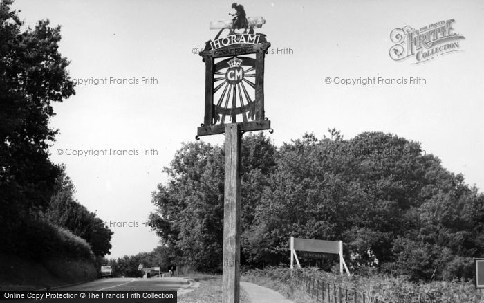 Photo of Horam, The Village Sign c.1955
