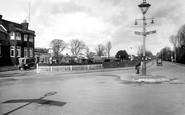 Horley, Chequers Corner 1927
