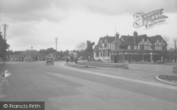 Horley, The Chequers Hotel 1933
